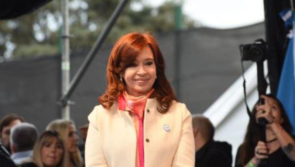 La Justicia autorizó a Cristina Kirchner a viajar a Cuba para visitar a su hija
