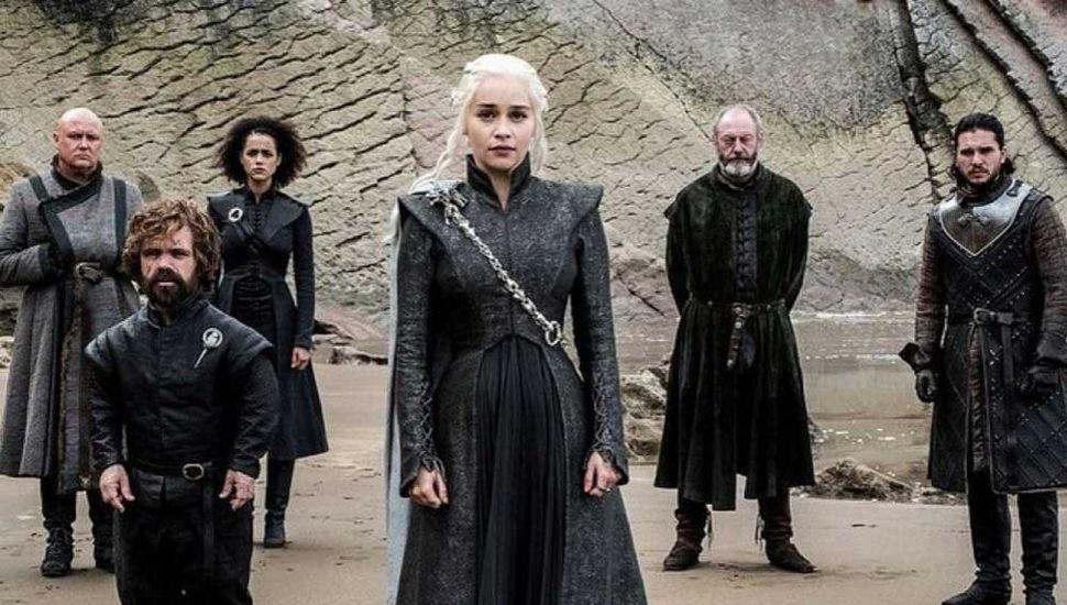 """El inicio  de """"Game of Thrones """" fue visto por 17 millones de personas"""
