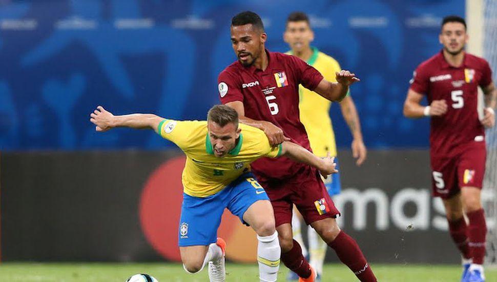 Brasil no pudo ante Venezuela.