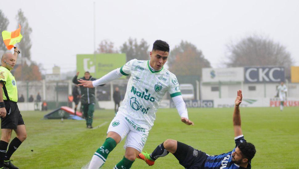 Brian Fernández en su paso por el Verde.