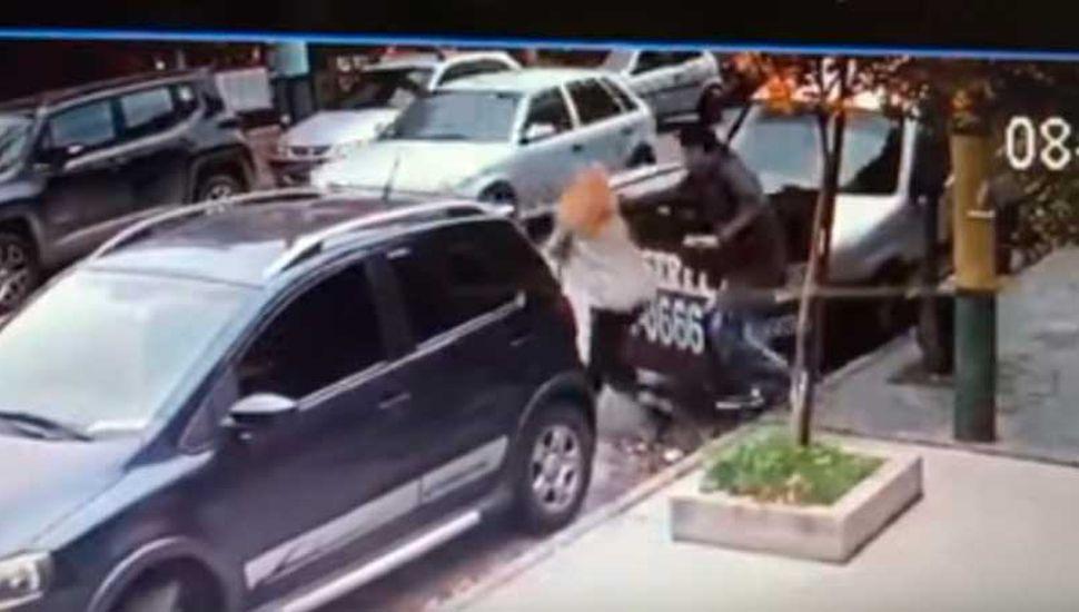Violenta salidera contra una mujer, con un botín de 48 mil dólares
