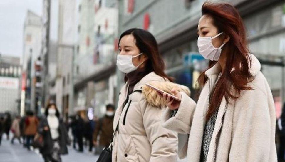 Levantan cuarentena en tres regiones, pero sigue en Tokio