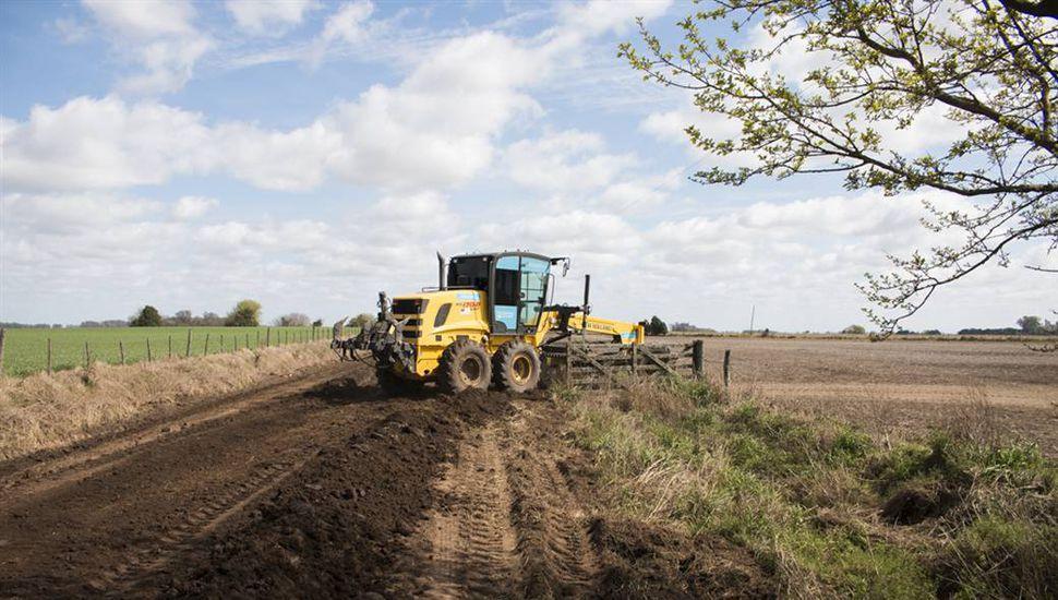 El municipio busca mejorar la cobrabilidad de la tasa de red vial para continuar y mejorar los trabajos en caminos rurales.