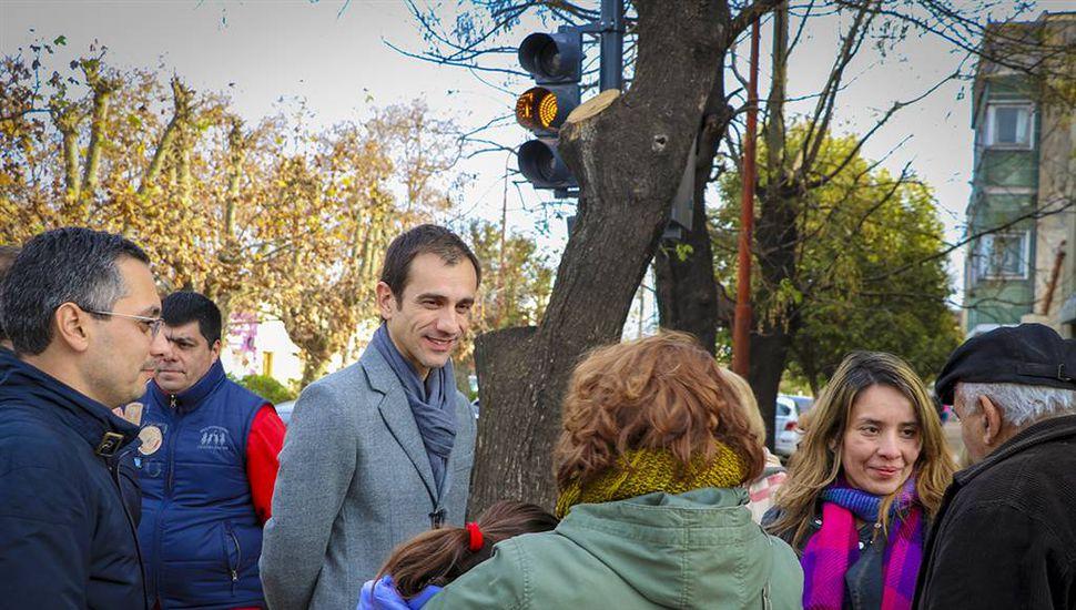 Nuevo semáforo en Javier Muñiz y Ameghino