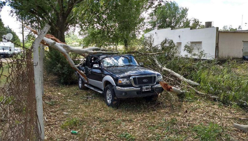 Dos personas murieron en Luján por el temporal que azotó la Región