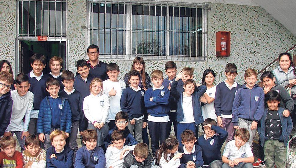 Alumnos del Marianista que participaron del Gran Prix.