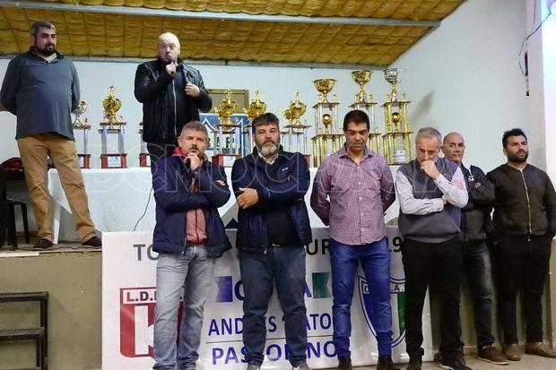 """Entregaron los premios a los campeones del certamen """"Apertura"""" 2019 de fútbol liguista"""