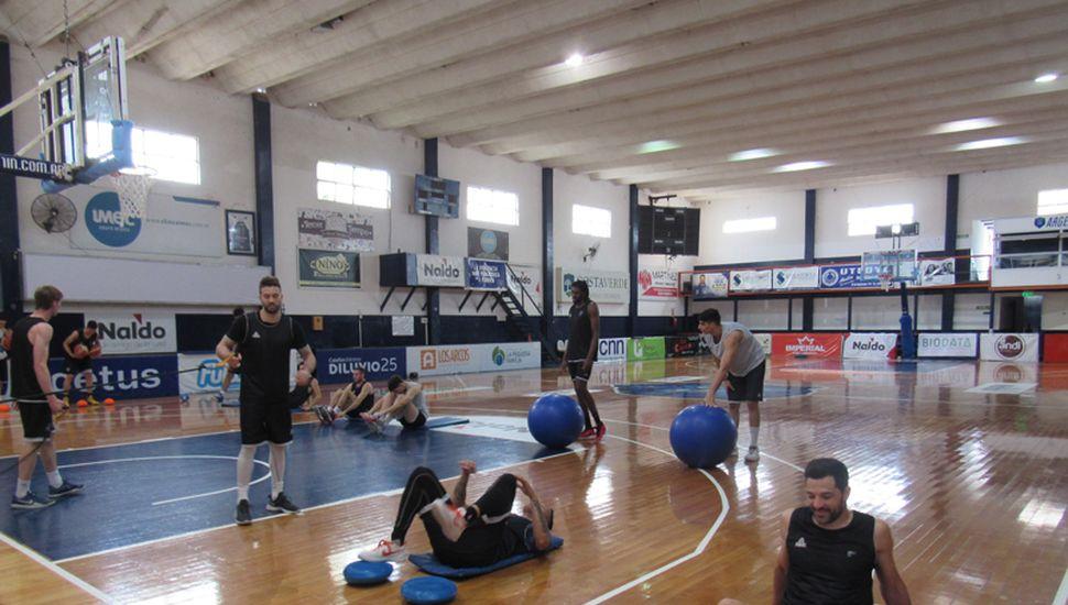 El entrenamiento de Argentino en el día de ayer