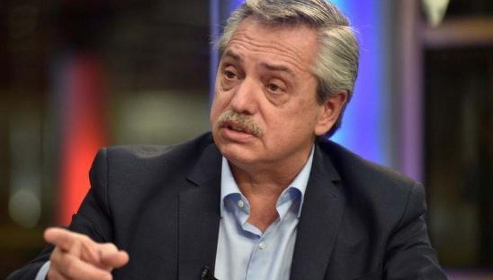 """Alberto Fernández acusó a Marcos Peña de """"instalar noticias falsas"""" sobre su salud"""