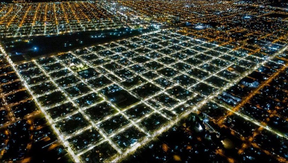 Los barrios Belgrano y El Picaflor con las luces led.