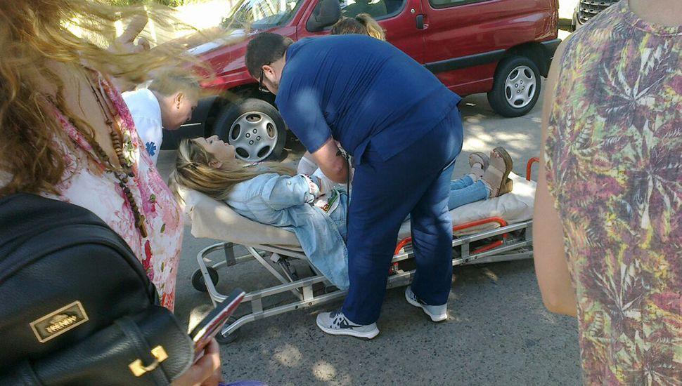 Motociclista resultó herida en un accidente