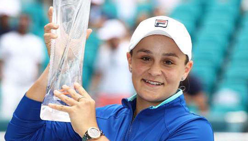 La australiana Ashleigh Barty se coronó campeona en el torneo femenino de tenis de Roland Garros.
