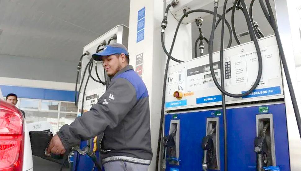 """A partir de mañana habría aumentos de las naftas tras el """"descongelamiento"""""""