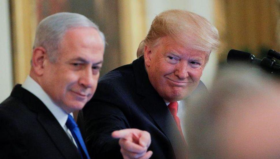 Donald Trump propone un plan  de paz que favorece a Israel