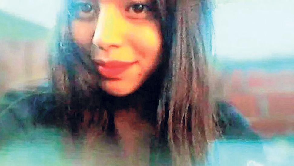 Emilce Ayala, la adolescente de 16 años fue golpeada primero y luego asesinada por su ex novio Luis Tobías Zuchelli.