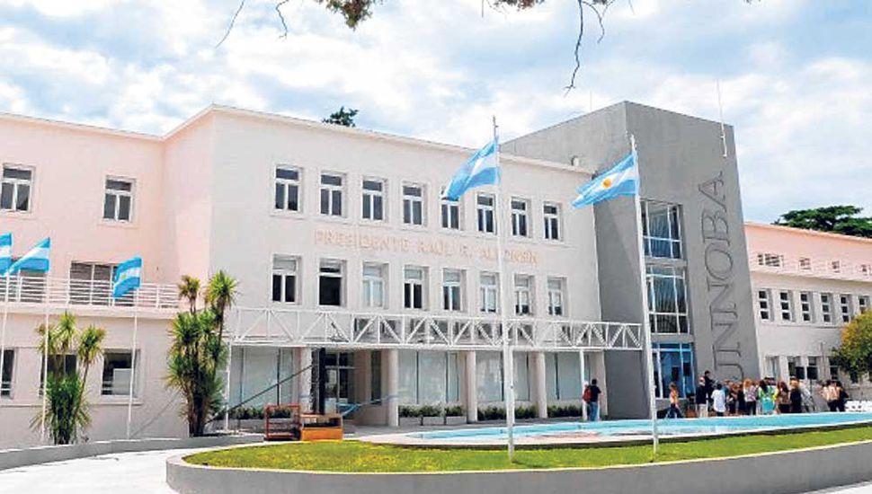 """Edificio """"Presidente Alfonsín"""""""