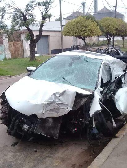 Un joven de falleció en un accidente en el camino de acceso a Arribeños