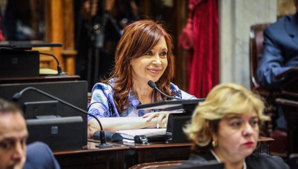 Se reanudó el juicio contra CFK sin su presencia en Comodoro Py