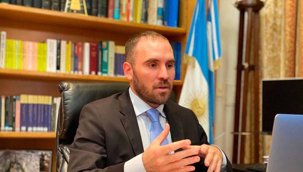 Guzmán consiguió una aceptación de menos del 40% de los tenedores de bonos con jurisdicción extranjera y mañana extenderá la oferta al menos hasta el 28 de agosto.
