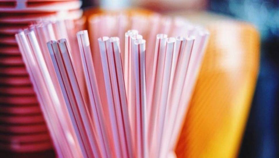 Prohibieron el uso de sorbetes de plástico en Chacabuco