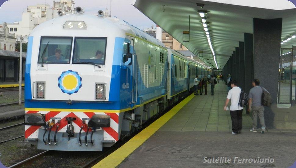 El tren de pasajeros vuelve a parar en Alberti