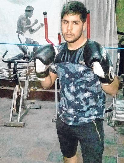 """Sergio """"Torito"""" Rocha, uno de los juninenses que combatirá mañana en el Club Rivadavia."""