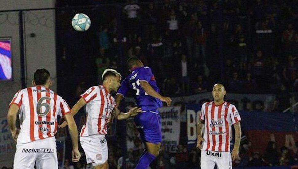 Gran triunfo de San Martín (T), anoche, ante Tigre.