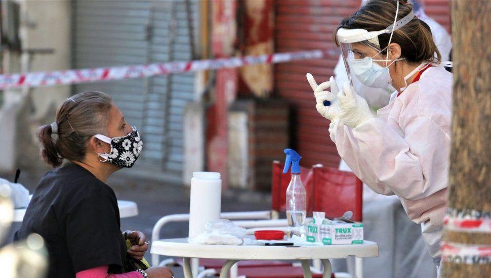 Se registraron 2.262 contagios y 27 muertes en las últimas 24 horas