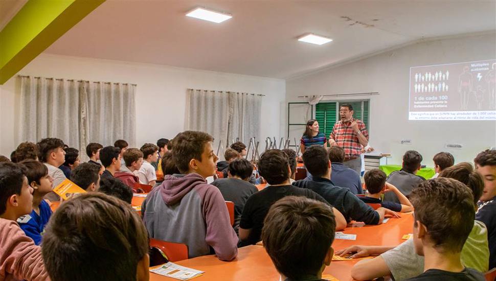 La charla se dio a los alumnos del colegio Industrial.