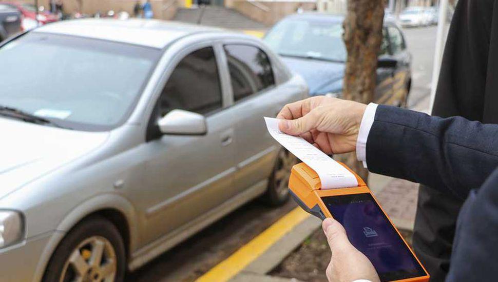 Unidad Ciudadana pide informes por el estacionamiento medido.