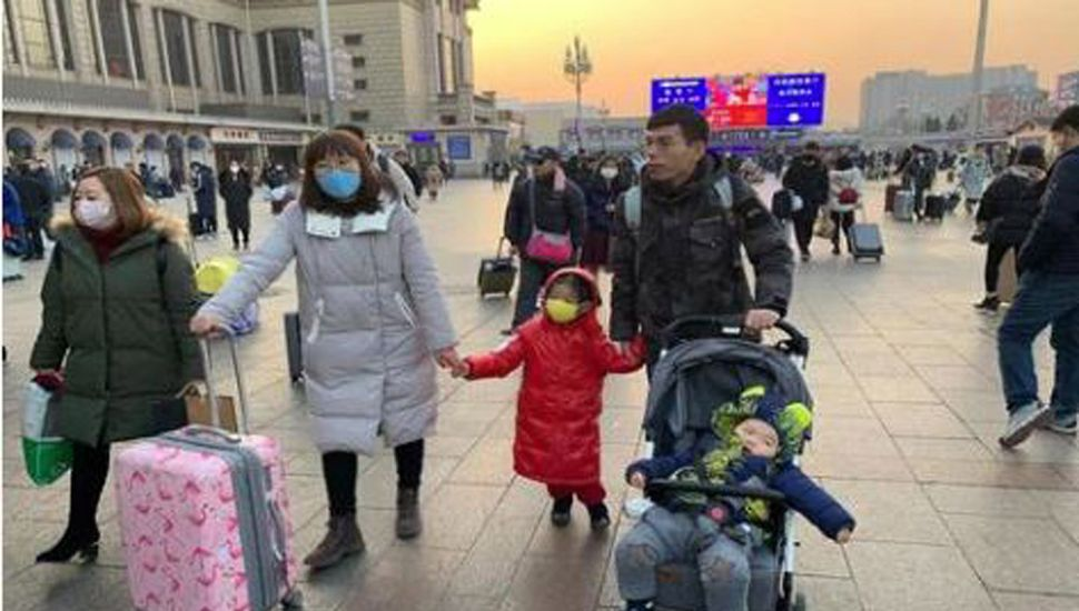 Primer muerto por el coronavirus en Beijing, donde ya hay 80 infectados