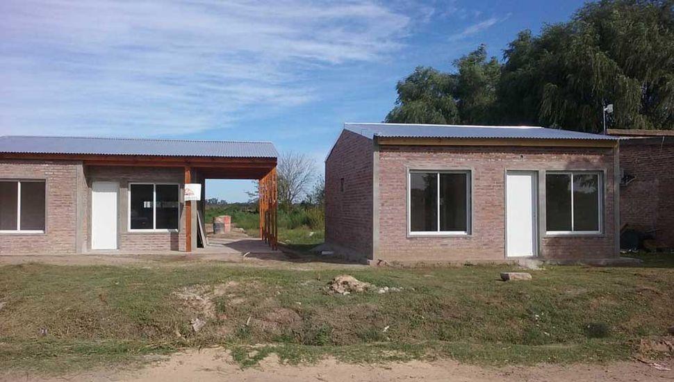 Ya se construyeron tres de las primeras ocho casas en Carabelas.