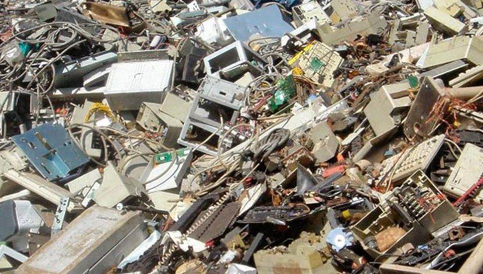 En el Día del Medio Ambiente, juntan residuos informáticos