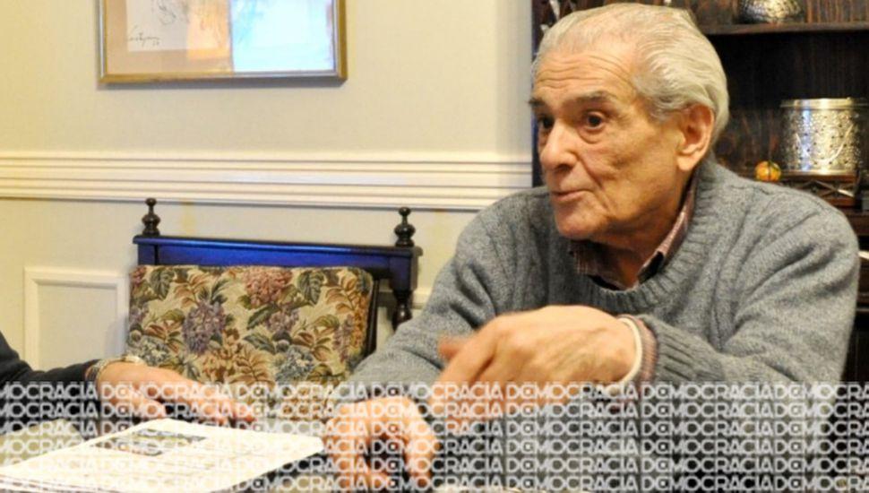 Los restos de Osvaldo Rodrigo serrán supulados hoy a las 9 en el Cementerio Municipal.