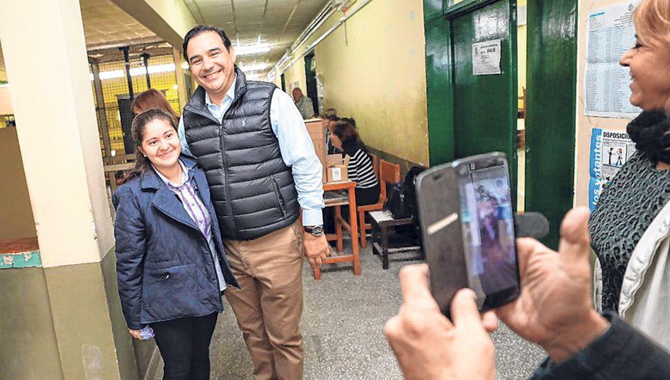 El gobernador de Corrientes Gustavo Valdés durante las elecciones para legisladores.