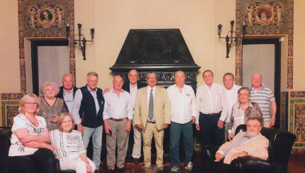 Reencuentro de la Promoción que cumplió 60 años de graduados.