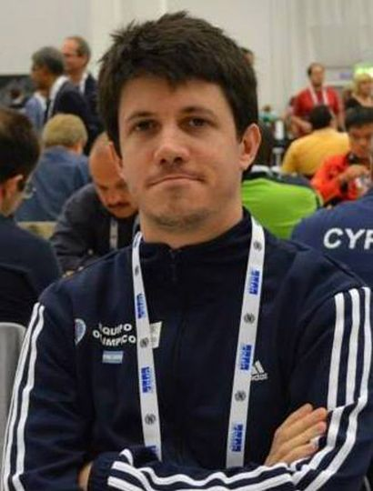 Diego Flores.