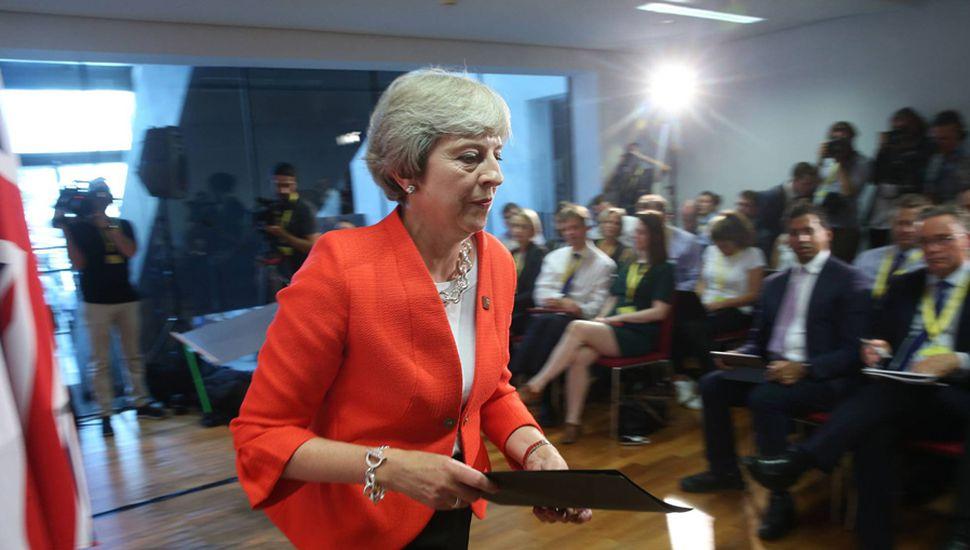 Theresa May, durante la reciente cumbre de Salzburgo.
