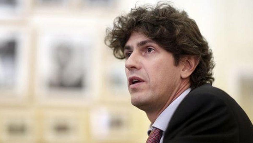 Lousteau criticó a Carrió y la invitó a debatir