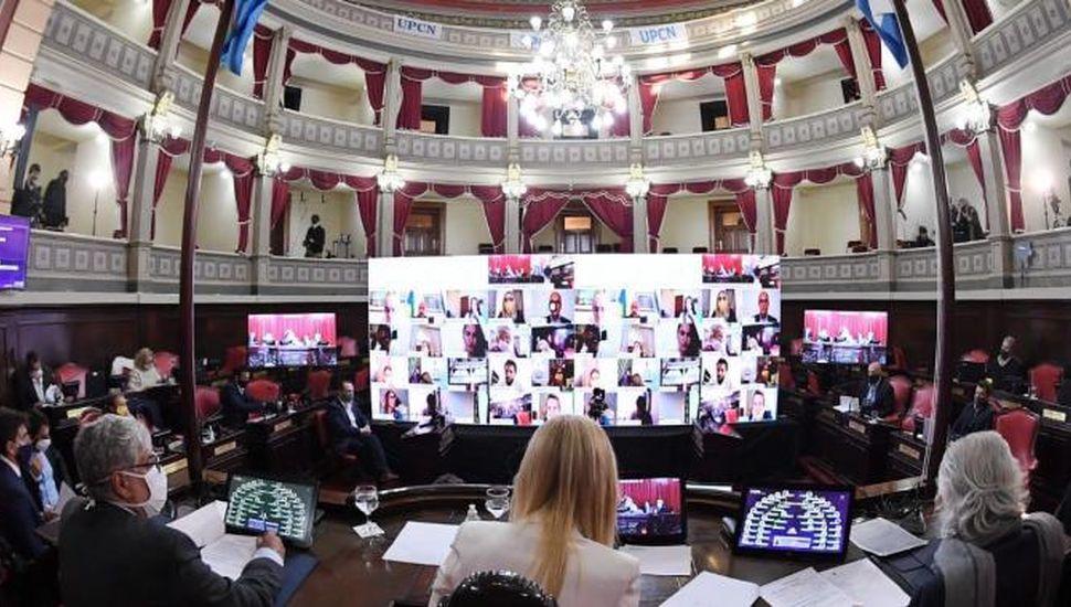 Diputados aprobó la emergencia de  geriátricos y la suspensión de ejecuciones