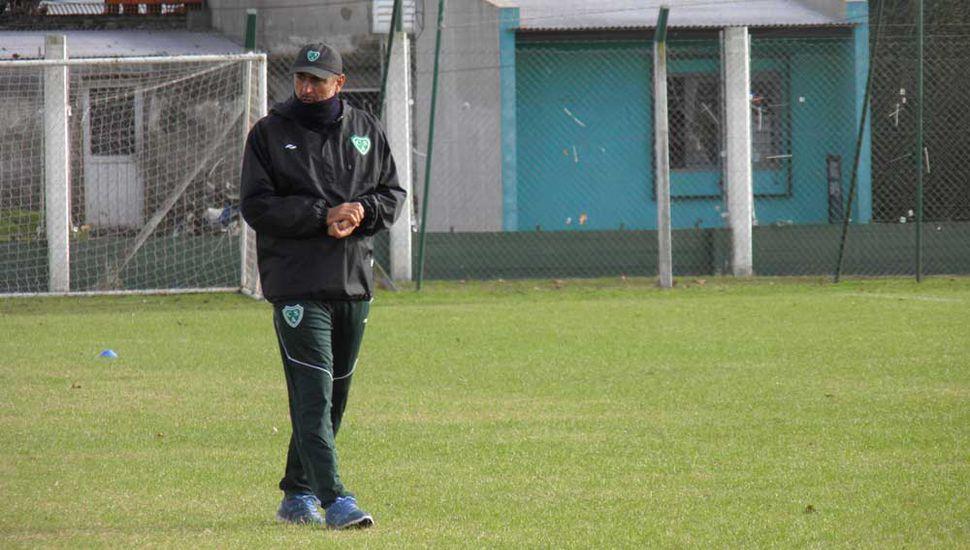 Sarmiento: Iván Delfino prueba el  equipo que irá por la gloria