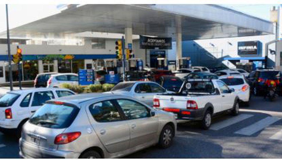 YPF volvió a subir el precio de sus naftas y en Junín la Infinia roza los $ 55