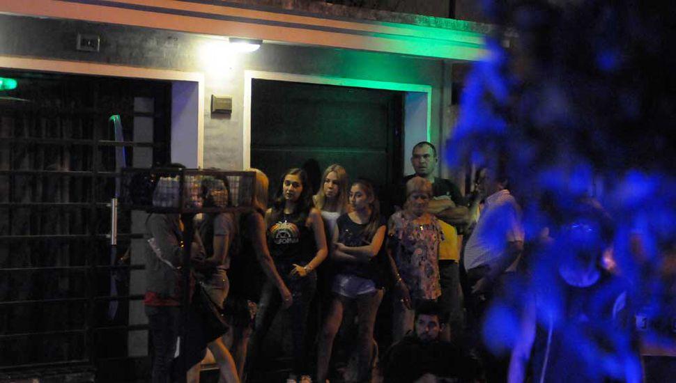 La ambulancia tardó en llegar y una mujer perdió la vida, el sábado de la semana pasada, en la zona de avenida San Martín y Necochea.