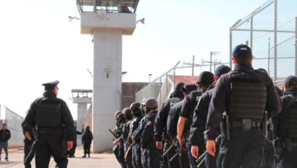 México: dos cárteles de narcos jugaban al futbol, hubo una riña y murieron 16 presos