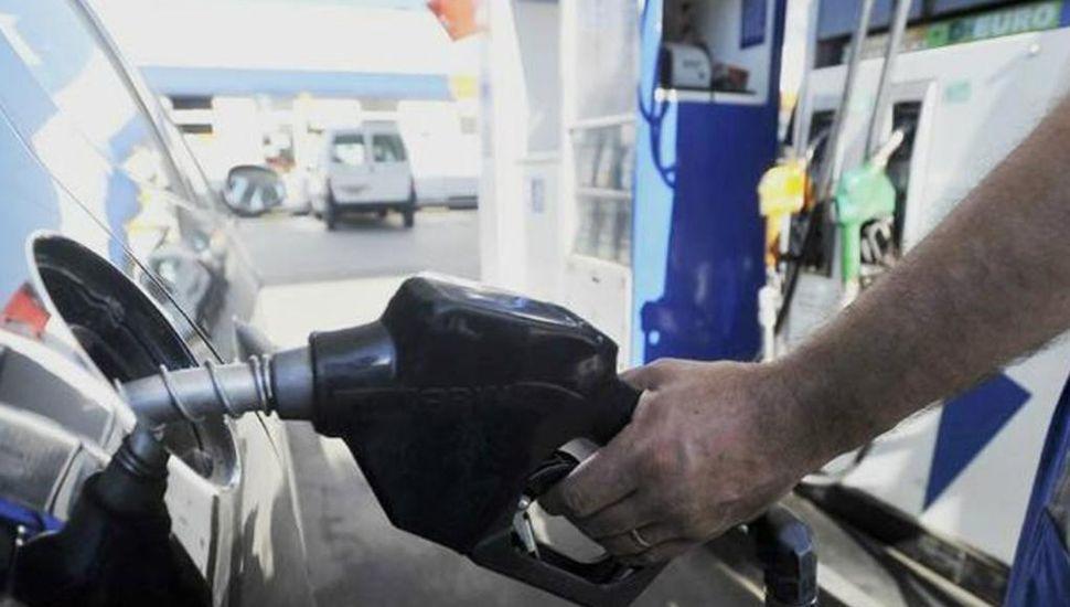 Flexibilizarán el congelamiento de precios de las naftas