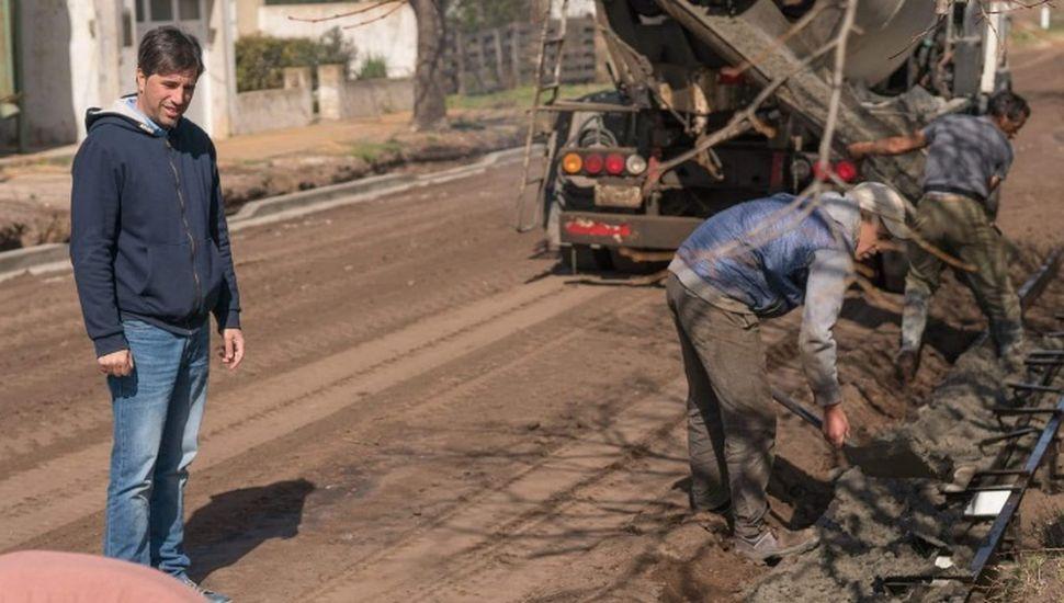 Avanza la obra de cordón cuneta en Zavalía