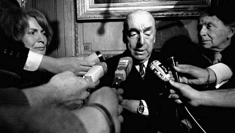Polémica en Chile por el machismo atribuido a Pablo Neruda