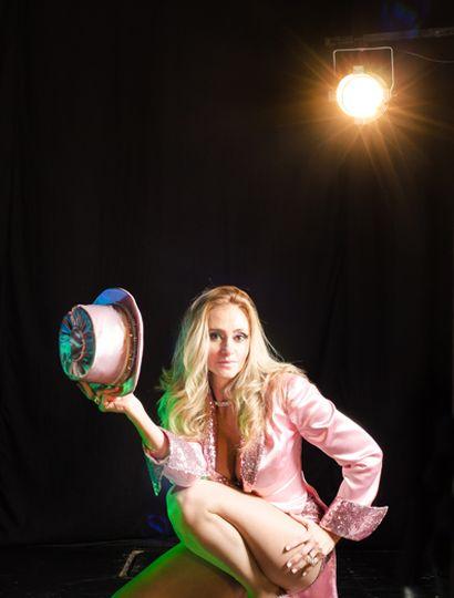 Adriana Conde comenzó a bailar a los cuatro años y hoy es una referente de la danza en nuestra ciudad.