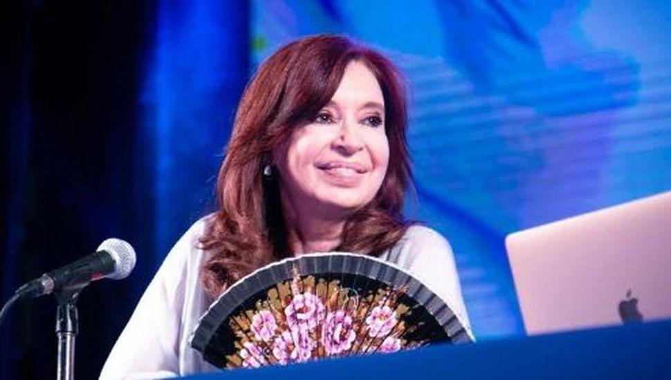 Cristina Kirchner pidió permiso para viajar hoy mismo a Cuba