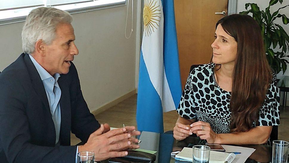 Inés Arrondo recibió al presidente de la U.A.R., Marcelo Rodríguez.